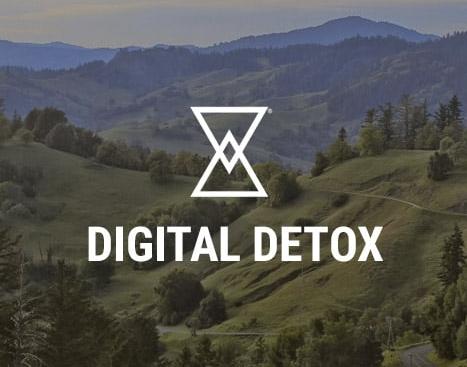 digital detox retreats logo